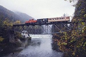 Ybbstalbahn_Bruecke_bei_Gstadt.jpg