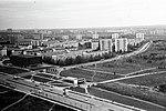 Zvyozdnyy Cinema and Prospekt Vernadskogo Metro Station in Moscow in Autumn 1977.jpg