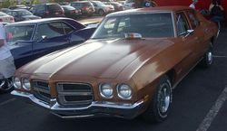 1972 Pontiac LeMans sedan