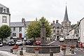 Égliseneuve-d'Entraigues - place de la Fontaine 20200810.jpg