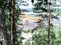 """Вид на мост """"Красный Дракон"""" с горы - panoramio.jpg"""