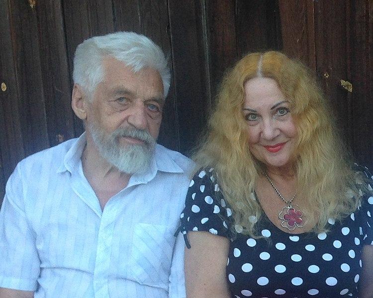 File:Владимир Овчинников + Эльвира Частикова.jpg