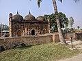 নয়াবাদ প্রাচীন মসজিদের সম্মুখভাগ.jpg