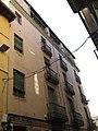 085 Casa Ramon Bosch, pl. Sants Màrtirs 15, façana del c. Sant Pau (Vic).jpg