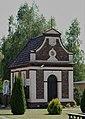 101-15-61 Zespół kościoła NNMP w Inwałdzie kapliczka Romerów a.jpg