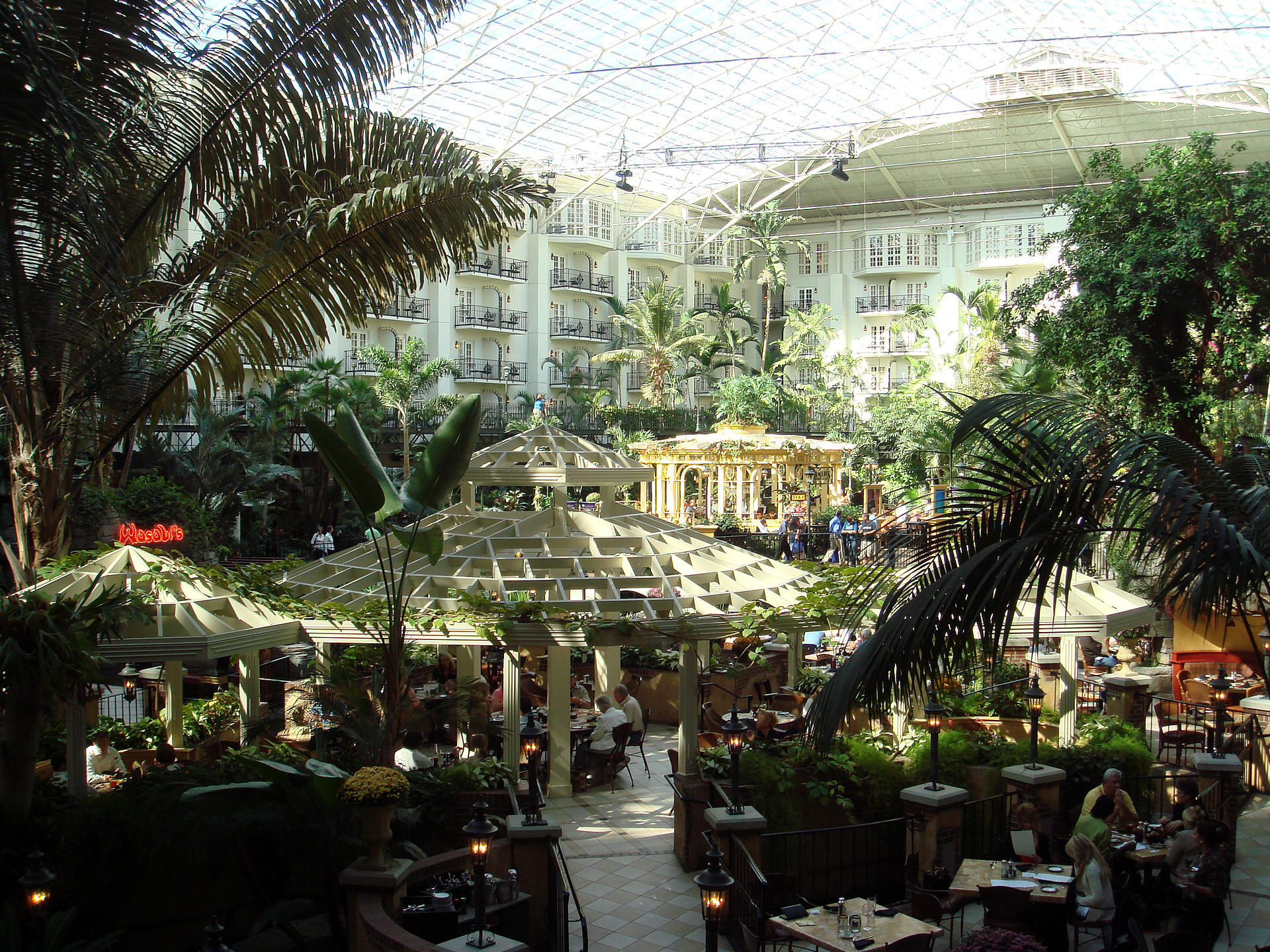 Opryland Hotel Number Of Rooms
