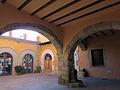 108 Plaça del Bo-bo (Monistrol de Montserrat), porxo.JPG