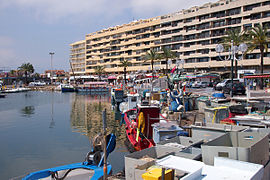 The harbour in Saint-Cyprien