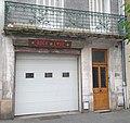 17 bv de l'Hôtel de ville, Vichy - porte de garage rock & love .jpg