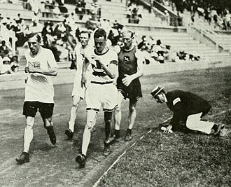 Athletics at the 1912 Summer Olympics – Men's 10 kilometres walk - The final with George Goulding in the middle.