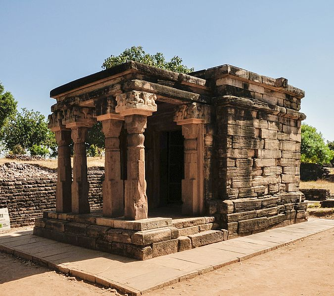 File:1Temple 17 - Buddhist Monument - Sanchi Hill 2013-02-21 4493-2.jpg