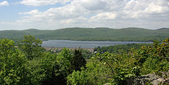 2013-05-12 13 25 52 View of Wanaque Reservoir from the Wanaque Ridge Trail in Ramapo Mountain State Forest in New Jersey.jpg