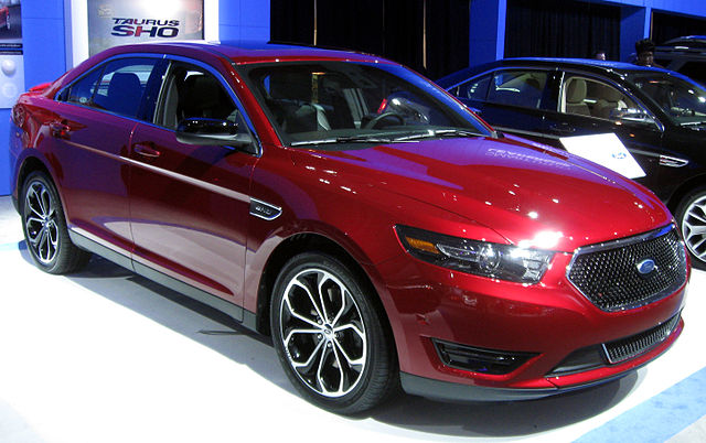 file 2013 ford taurus sho 2012 dc jpg wikimedia commons. Black Bedroom Furniture Sets. Home Design Ideas