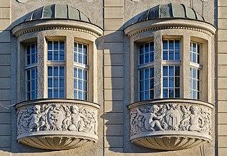 type of bay window
