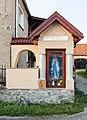 2016 Kapliczka przydrożna w Tąpadłach.jpg