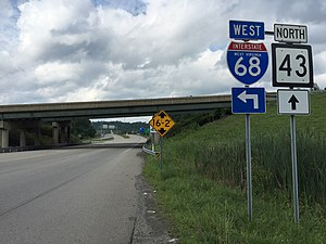 Mon–Fayette Expressway - View north at the south end of WV 43