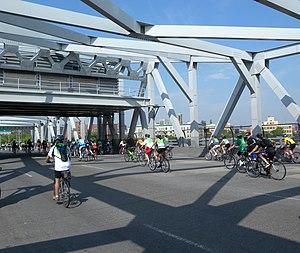 Third Avenue Bridge (New York City) - Image: 3d Av Br 5BBT jeh