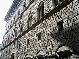 Palazzo Piccolomini, Siena
