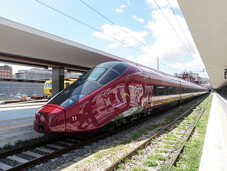 Rail transport in Italy - Image: AGV .italo Napoli 3
