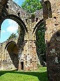 Ruinen der ehemaligen Abtei Notre-Dame du Nid-au-Merle in Saint-Sulpice-la-Forêt