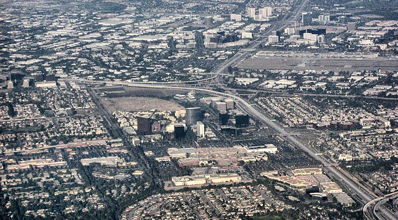File:Aerial view of central Orange County overlooking South Coast Metro, John Wayne Airport, and the Irvine business district.JPG