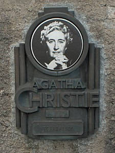 225px-Agatha_Christie_plaque_-Torre_Abbey