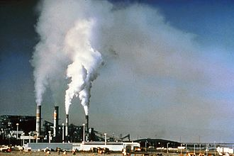 Before flue-gas desulfurization was installed, the emissions from this power plant in New Mexico contained excessive amounts of sulfur dioxide. Air pollution by industrial chimneys.jpg