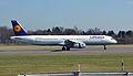 Airbus A321-200 (D-AIDM) 02.jpg