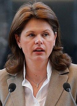 Alenka Bratušek 2013.jpg