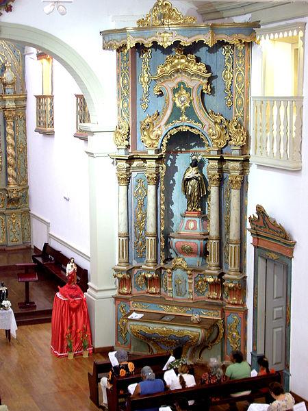 Ficheiro:Altar da Igreja de Nossa Senhora do Rosario e São Benedito4.jpg