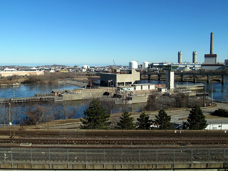 File:Amelia Earhart Dam from Assembly Square garage, February 2016.JPG