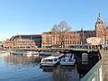 Amsterdam, rondvaartboten bij treinstation foto1 2014-01-12 10.54.jpg