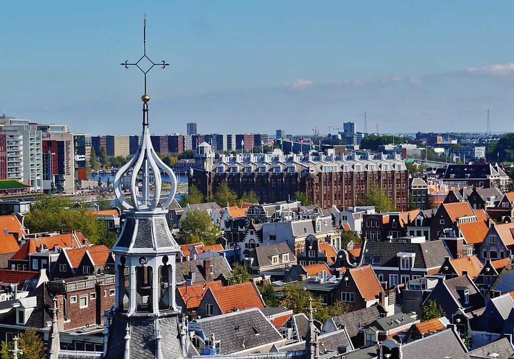 Hébergement dans la Vieille Ville d'Amsterdam : Vue depuis l'Oude Kerk - Photo de Zairon