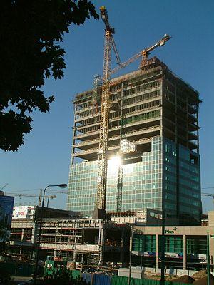 Andersia Tower - Image: Andersia w budowie RB1