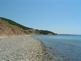 Anzac Cove beach 2004.jpg