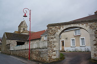 Aougny - Image: Aougny place fontaine