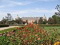قصر ارنخويث الملكي 120px-Aranjuez_JardinParterre_FachadaOrientalPalacio