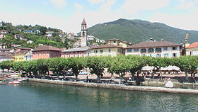 Ascona vista desde el lago Maggiore