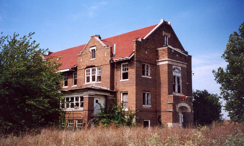 Ashmore Estates in Ashmore, Illinois