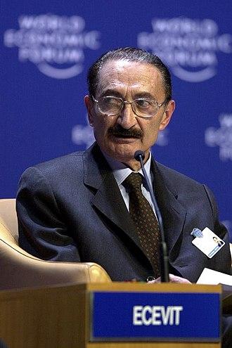 1972 in Turkey - Image: Bülent Ecevit Davos 2000