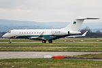 B-LRW Global 5000 TAG Aviation Asia (25803024403).jpg