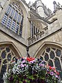 Bath Abbey and hanging basket - geograph.org.uk - 538734.jpg