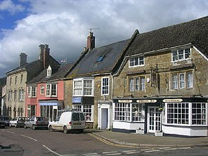 Beaminster - Image: Beaminster Town Centre geograph.org.uk 108071