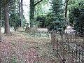 Begraafplaats Soerenseweg (31077425346).jpg