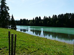 File:Bernbeuren - Lech 160809.JPG. By: User:Flodur63|Flodur63
