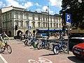 Bezobsługowa wypożyczalnia rowerów - panoramio.jpg