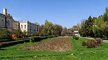 Bishkek 03-2016 img08 Aitmatov Park.jpg