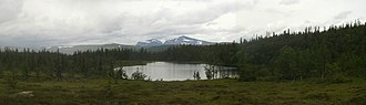 Härjedalen - The tarn Björnskalletjärn, with Mt. Helags in the background