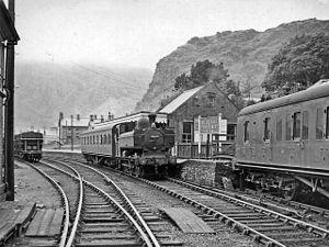 Blaenau Ffestiniog railway station - Image: Blaenau ffestiniog central train station 1863519 25ee 3290