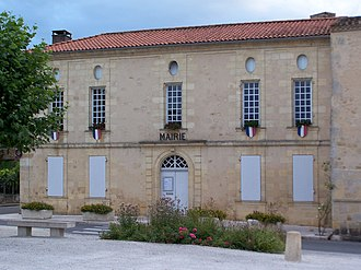 Blasimon - Town hall